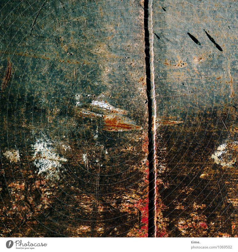 Kraft | Visuelle Ästhetik Baustelle Metall Linie Riss Kratzer Rost Farbfleck Gratung alt ästhetisch dunkel kaputt trashig Stress Partnerschaft Design Energie
