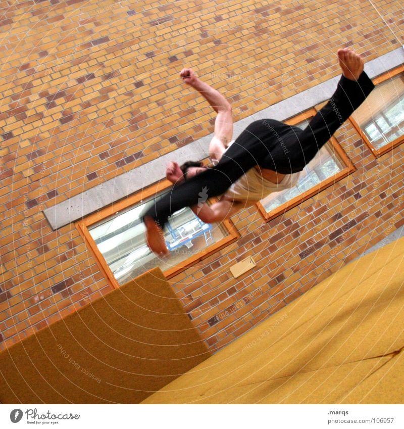 540 Mensch Freude Sport springen Bewegung Kraft maskulin Geschwindigkeit Freizeit & Hobby Dynamik Sport-Training anstrengen beweglich Turnen