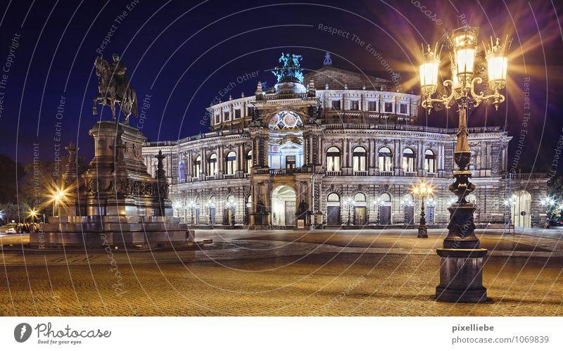 Semperoper Dresden Himmel Ferien & Urlaub & Reisen Stadt Architektur Gebäude elegant Tourismus ästhetisch Ausflug Kultur Straßenbeleuchtung Bauwerk