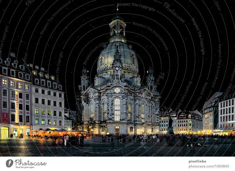 Dresdner Frauenkirche Ferien & Urlaub & Reisen Tourismus Ausflug Sightseeing Städtereise Nachtleben ausgehen Mensch Architektur Kultur Nachthimmel Stern Dresden