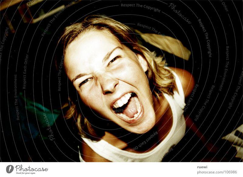 Schrei nach Liebe... Mensch Frau Jugendliche Sommer Gesicht Erwachsene Auge feminin Junge Frau Kraft blond Mund Haut 18-30 Jahre Kraft Zähne