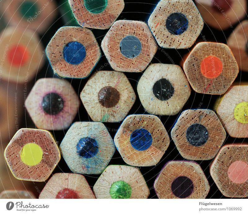 Stiften gehen Freizeit & Hobby Spielen zeichnen mehrfarbig Farbstift Schreibstift Kunst Farbe Farbfoto Makroaufnahme Detailaufnahme Mine Kerne Stapel Sechseck