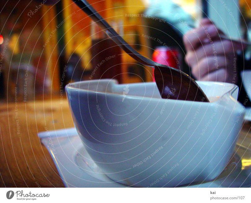 Suppenladen Hand Ernährung Holz Wärme Tisch Tasse Mahlzeit Löffel löffeln Guten Appetit