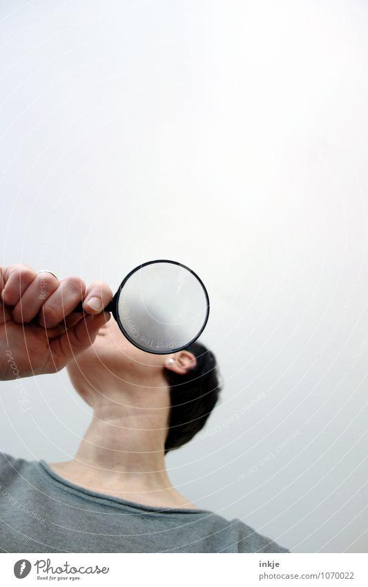 Wie sie sehen,... Lifestyle Freizeit & Hobby Bildung Berufsausbildung Studium Frau Erwachsene Leben Hand Oberkörper 1 Mensch 30-45 Jahre Blick Farbfoto