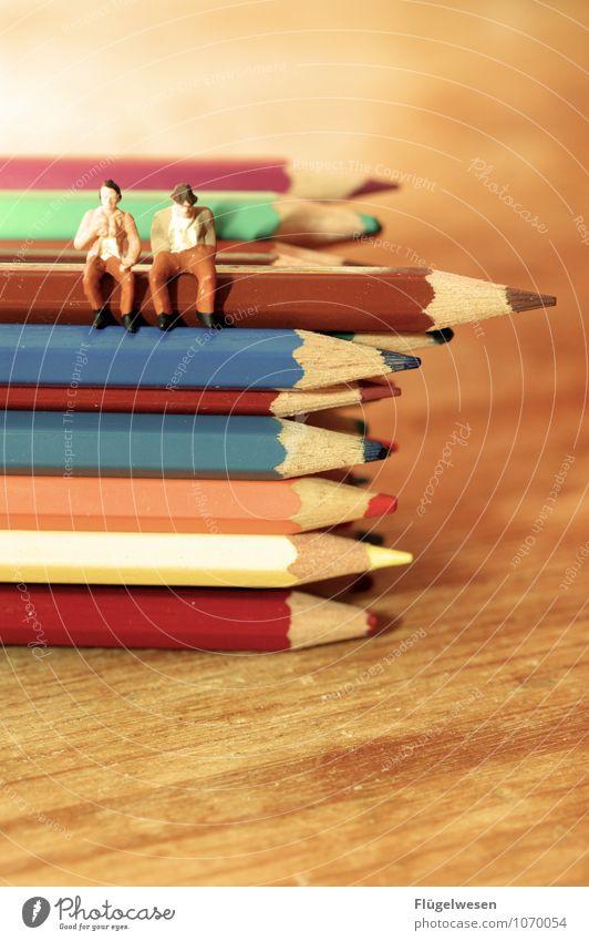 Mittagspause in der Buntstiftfabrik Lifestyle Freizeit & Hobby Spielen wandern Schreibstift Farbstift Bleistift streichen malen Pause Erholung Anspitzer