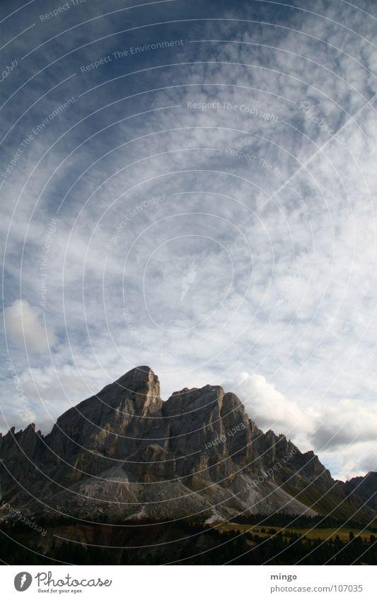 Bergsicht Himmel blau Wolken kalt Berge u. Gebirge Freiheit grau Stein Regen Luft Niveau rein Alm Bergwiese Südtirol