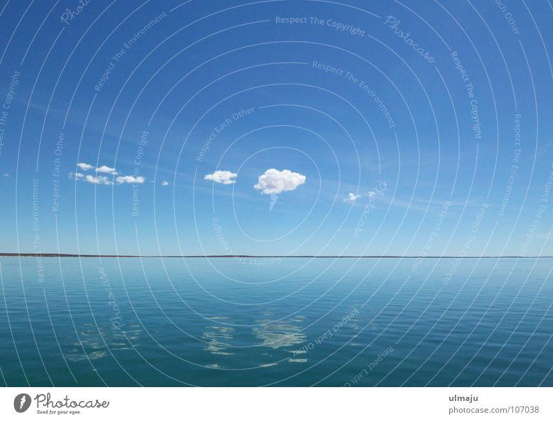 BlauBlau Natur Wasser Himmel weiß Meer blau ruhig Wolken Ferne Erholung See Wetter Horizont Amerika Glätte Windstille