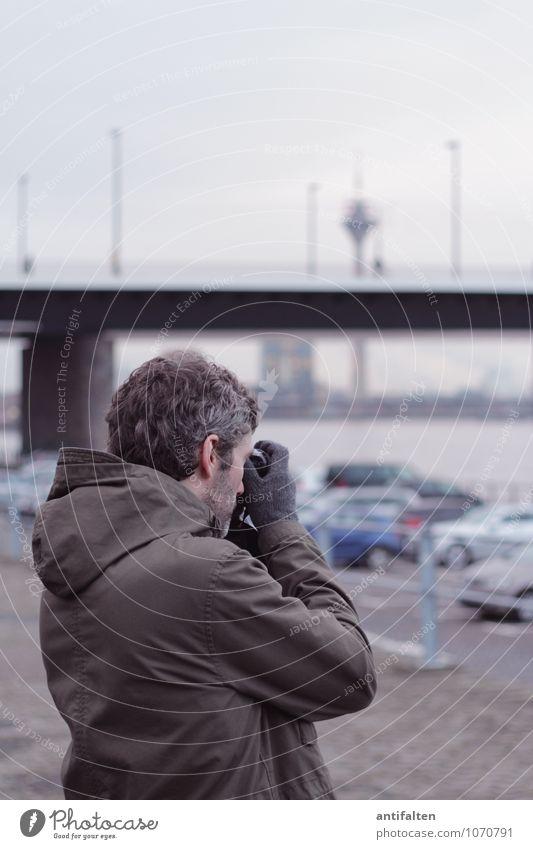 FOTOGRAFieren Freizeit & Hobby Fotografieren Fotokamera Mensch maskulin Mann Erwachsene Freundschaft Leben Körper Kopf Haare & Frisuren Ohr Bart Rücken Arme