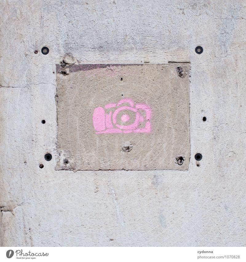 Streetphotography Stadt Farbe Freude Wand Graffiti Mauer Freiheit rosa Lifestyle Stadtleben Freizeit & Hobby Schilder & Markierungen ästhetisch Lebensfreude Kreativität Fotografie