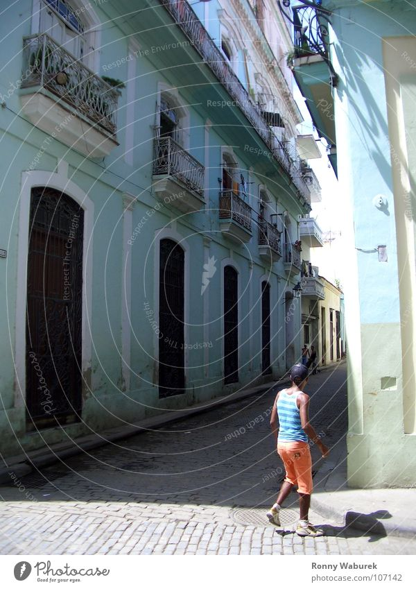 Havanna - Altstadt Mensch Haus Amerika Kuba Süden Altbau Altstadt Kleine Antillen Südamerika Havanna Tänzer Mittelamerika Salsatänzer