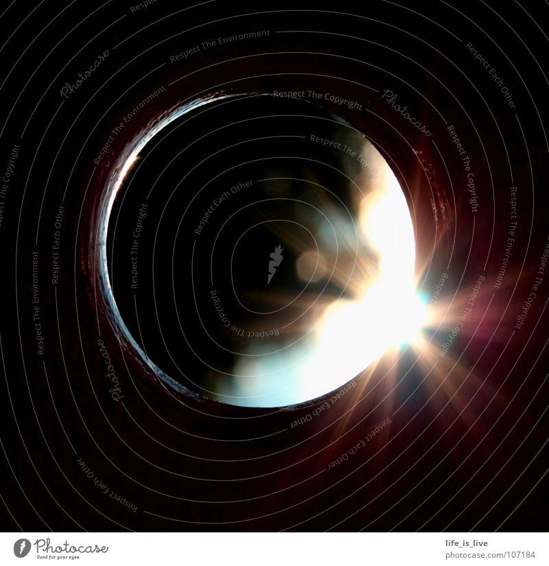_the_light_shine_out_of_darkness_ schön Sonne Farbe dunkel Wärme hell Beleuchtung glänzend Kreis Erkenntnis Denken Herrlichkeit