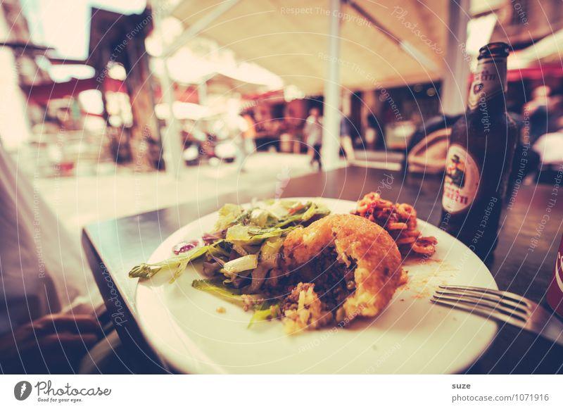 Sizilianisches Reisbällchen Lebensmittel Ernährung Essen Mittagessen Italienische Küche Getränk Teller Ferien & Urlaub & Reisen Städtereise Tisch Kultur Stadt
