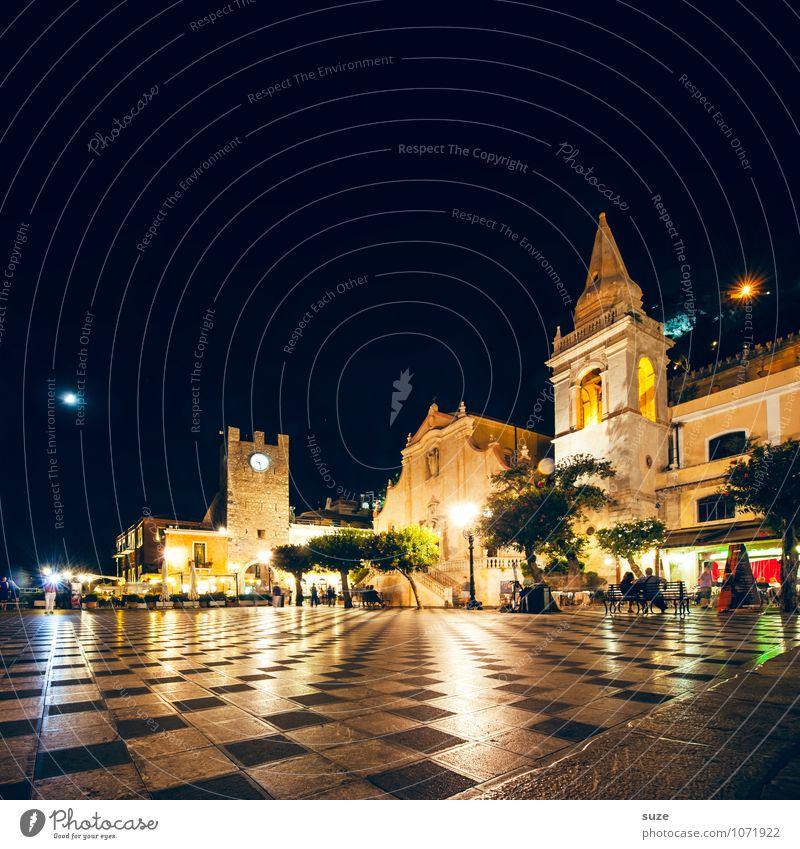 Taormina's Piazza IX Aprile Ferien & Urlaub & Reisen Stadt alt Reisefotografie Architektur Stil Gebäude leuchten Tourismus Platz Kirche Kultur Italien Romantik