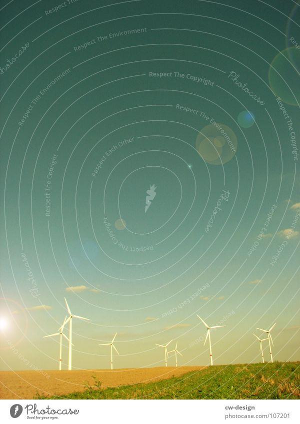 die einsamkeit Windkraftanlage Propeller regenerativ ökologisch umweltfreundlich Technik & Technologie Umweltverschmutzung Industrielandschaft Blauer Himmel