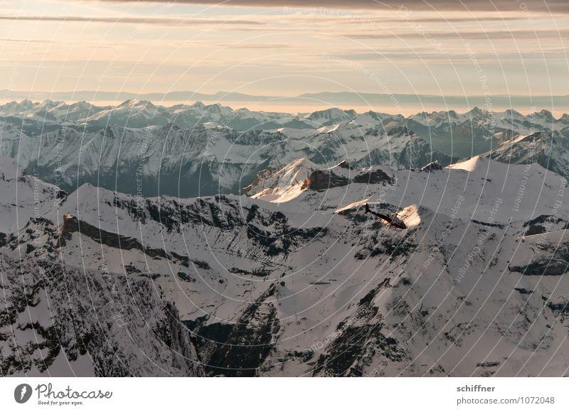Ein Hauch Mädchen Umwelt Natur Landschaft Klima Klimawandel Wetter Schönes Wetter Felsen Alpen Berge u. Gebirge Gipfel Schneebedeckte Gipfel Gletscher rosa