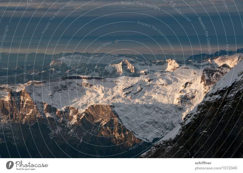 Frau Holles Spielwiese Umwelt Natur Landschaft Wolken Klima Klimawandel Wetter Schönes Wetter schlechtes Wetter Eis Frost Schnee Hügel Felsen Alpen