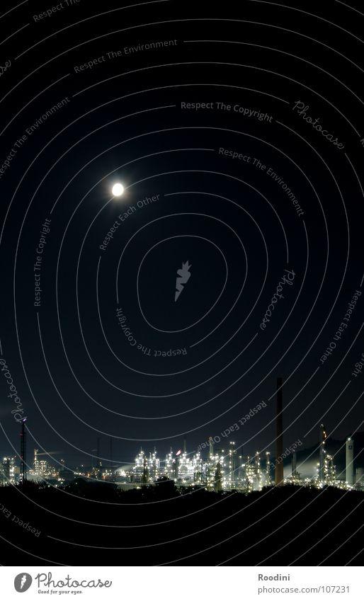 Shinra Inc. Lampe dunkel Industrie Energiewirtschaft Turm Wissenschaften Rauch Mond Naturphänomene Maschine Erdöl Schornstein Konstruktion Umweltverschmutzung