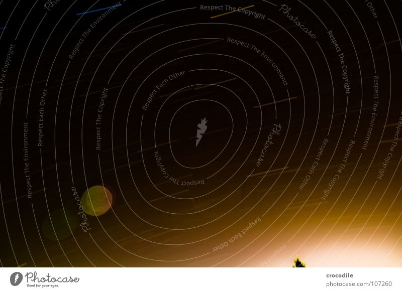 sternenbahnen Himmel Sonne dunkel Herbst Bewegung Stern Erde Romantik Galaxie Weltall Planet Stativ Komet Milchstrasse Streulicht