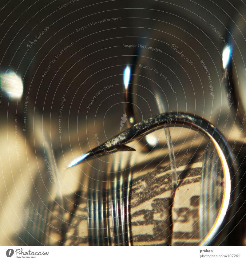 Fisch Ahoj! Angelrute Angeln Haken Widerhaken fangen Angelköder Nylon Schnur Korken Nylonschnur Stahl gefährlich glänzend stechen verletzen gekrümmt