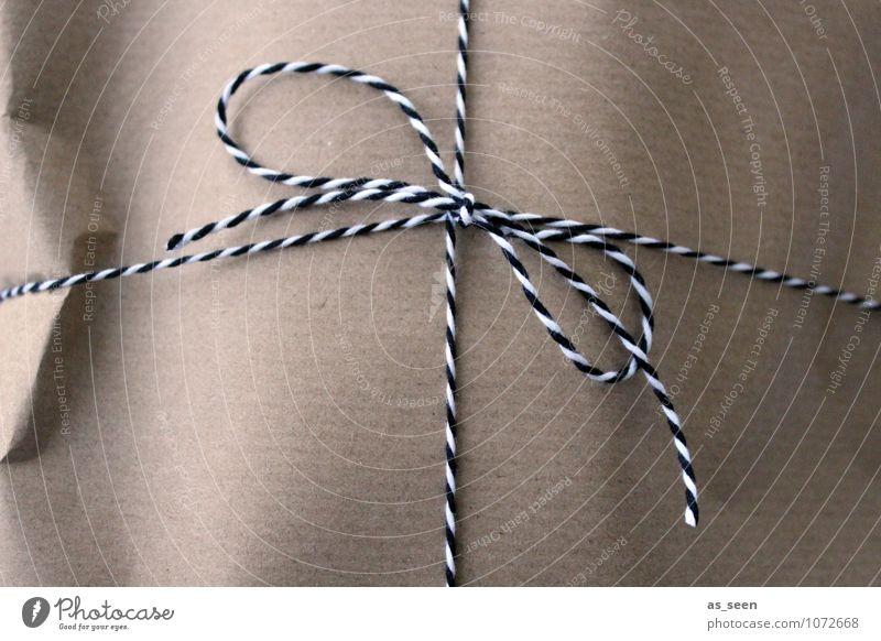 Post Weihnachten & Advent weiß schwarz braun Linie Geburtstag authentisch ästhetisch Papier Schnur Güterverkehr & Logistik Überraschung Dienstleistungsgewerbe