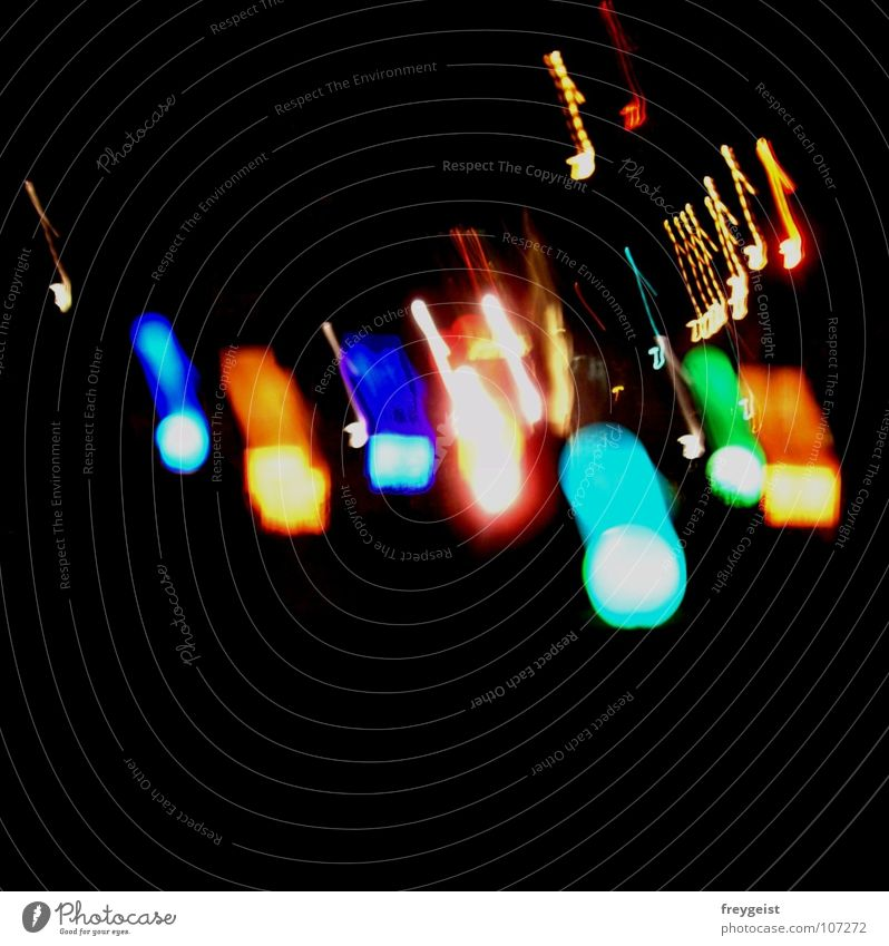 Feel the Sound... Musik Nacht mehrfarbig schwarz dunkel rot gelb grün Nachtleben Verkehrswege Musiknoten Licht Lampe shine colourful blau Feste & Feiern Tanzen