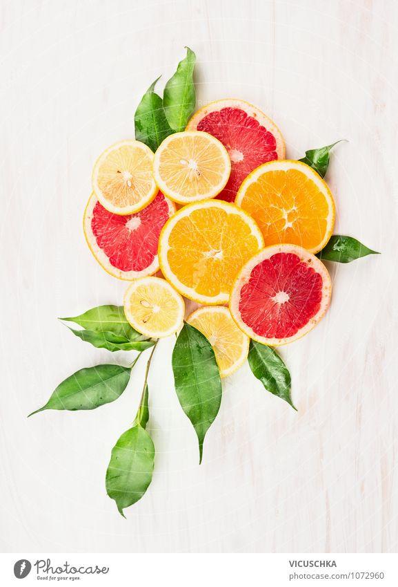 Orangen,Zintone und Grapefruit in Scheiben geschnitten Natur grün Gesunde Ernährung Blatt gelb Leben Autofenster Stil Gesundheit Lebensmittel Design Frucht Ernährung Orange Tisch Fitness