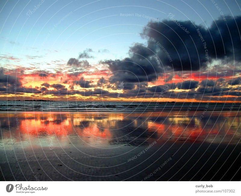 Sonnenuntergang am Meer Wasser Himmel Strand Wolken Sand Wellen Brand Hoffnung Spiegel Abenddämmerung Umhang Atlantik Südafrika Afrika