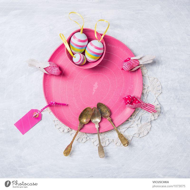 Pink Osterteller mit Deko und Eier Natur alt Innenarchitektur Frühling Stil Feste & Feiern Vogel rosa Design Dekoration & Verzierung Tisch Symbole & Metaphern Ostern Postkarte Tradition Schutzschild