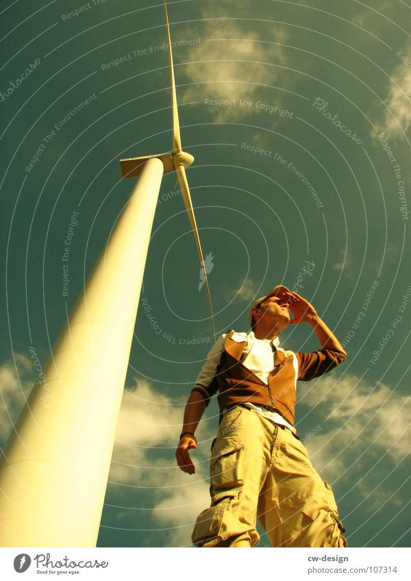 die aussicht Mensch Himmel Natur Jugendliche Ferien & Urlaub & Reisen grün Sommer Freude Wolken Erholung Ferne Wiese Herbst Spielen springen Lampe