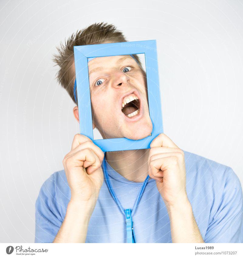 Farbstudie - Blauer Schrei Mensch maskulin Junger Mann Jugendliche Erwachsene 1 18-30 Jahre T-Shirt Halskette Wäscheklammern Bilderrahmen Rahmen schreien