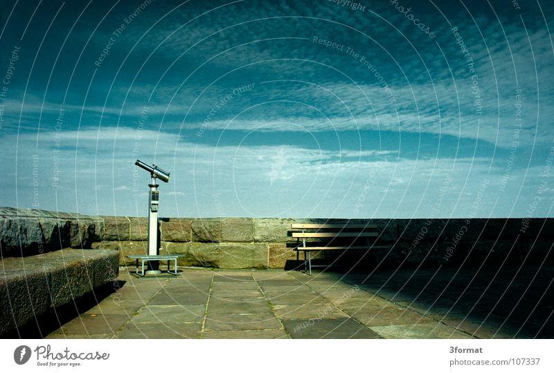 fernsicht Himmel blau alt Ferien & Urlaub & Reisen Wolken Ferne Stein Kunst Horizont glänzend Ausflug Macht Kultur beobachten Bank Niveau