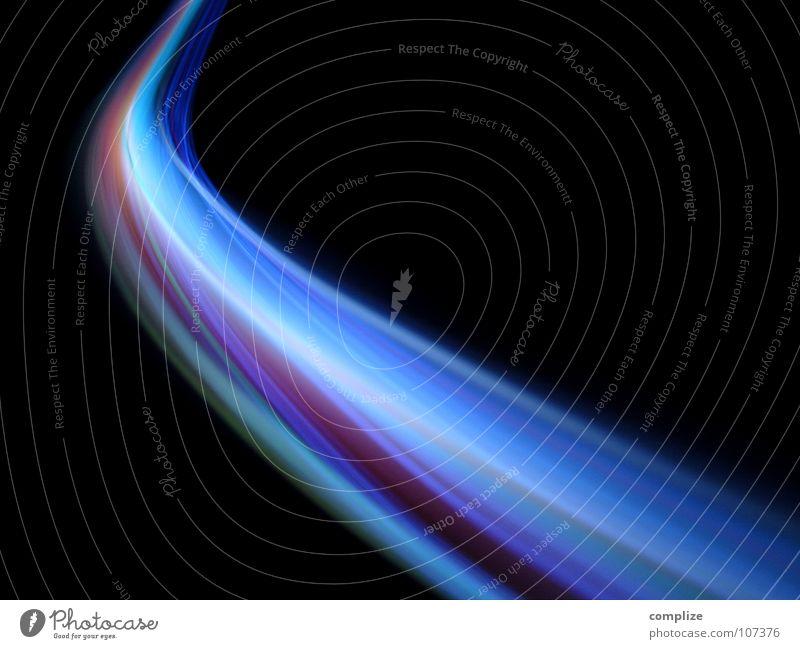 lightwaves 05 Streifen Licht Farbverlauf Verlauf schwarz Nacht elektronisch Lichtschlauch Schlauch violett grün Unschärfe Langzeitbelichtung Belichtung