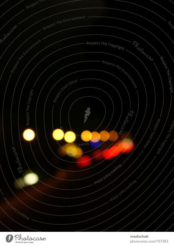 BRIGHT LIGHTS Licht dunkel Unschärfe Nacht schwarz Lampe Lichtpunkt Optiker Nachtleben Autobahn Bewegung KFZ Fehler Brillenträger Verkehr Straßenverkehr Ampel