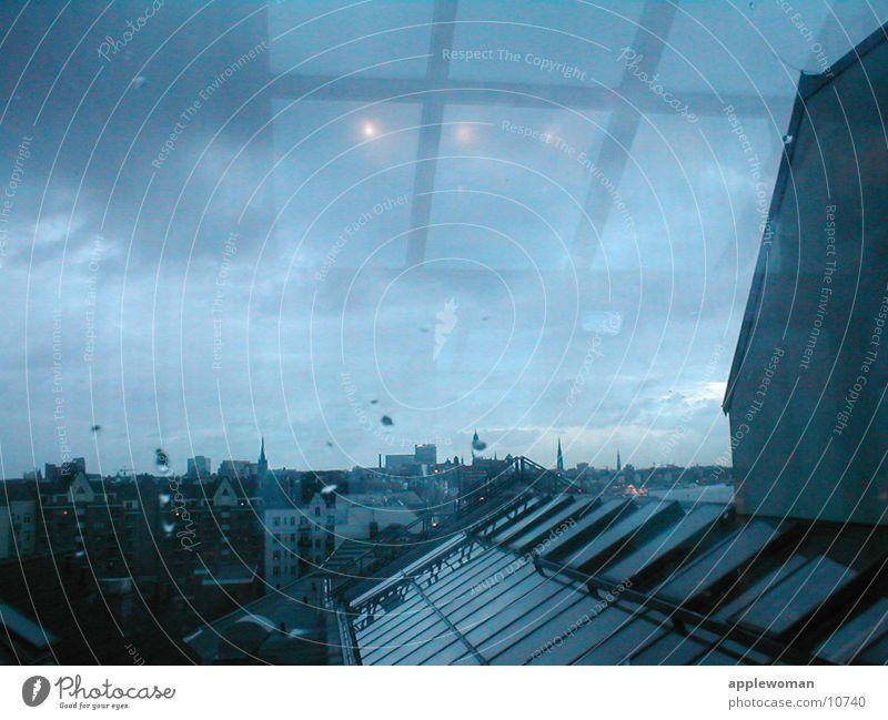 über den dächern von HH Stadt Haus Architektur Hamburg Horizont Aussicht Dach