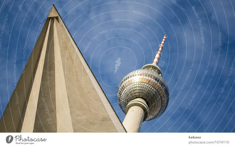 zackiger Fernsehturm Stadt blau Haus Architektur Berlin Linie Deutschland Tourismus Beton Europa Spitze Turm Hauptstadt Kugel Wahrzeichen Stadtzentrum