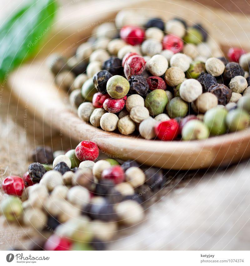 Pfeffer Pfefferkörner mehrfarbig Gesunde Ernährung Speise Essen Foodfotografie rot gemischt nah Nahaufnahme Kräuter & Gewürze frisch Scharfer Geschmack Würzig