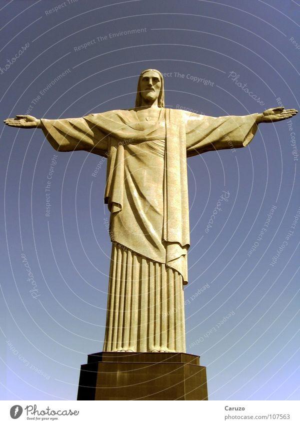 Jesus blau Tod Freiheit Wege & Pfade Stein Religion & Glaube Kraft Brasilien offen Macht Frieden Denkmal Statue Wahrzeichen Gott Kruzifix