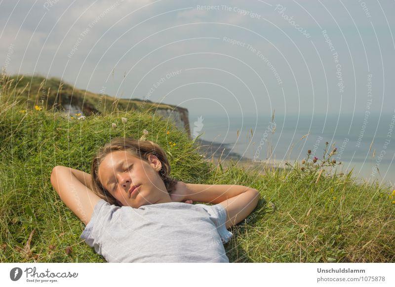 Mein Traum ist dein Traum Himmel Kind Natur Ferien & Urlaub & Reisen Sommer Erholung Meer Landschaft Küste Junge Glück Freiheit Lifestyle liegen träumen