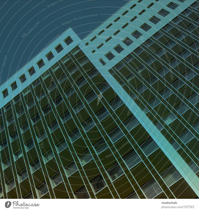 TRUE BLUE - BABY I LOVE YOU Himmel blau Stadt Haus Leben Architektur Gebäude Fassade Beton hoch Hochhaus groß Macht Häusliches Leben Etage