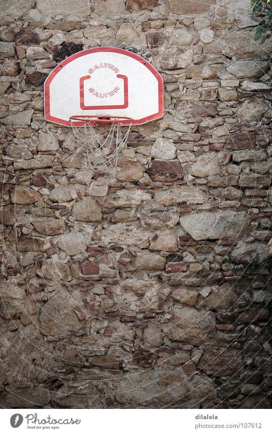 canasta Landarbeiter Wand braun vertikal Spanien Sommer Sport Spielen verfallen Basketball stone peasant brown town emptiness vertical Spain verbannt entsteint