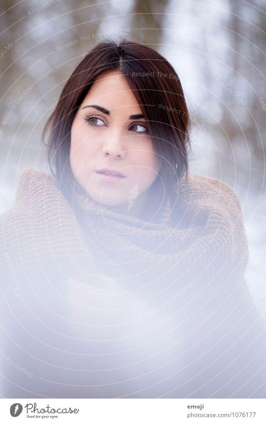 flare feminin Junge Frau Jugendliche Gesicht 1 Mensch 18-30 Jahre Erwachsene Winter hell schön kalt Farbfoto Außenaufnahme Tag Unschärfe Schwache Tiefenschärfe