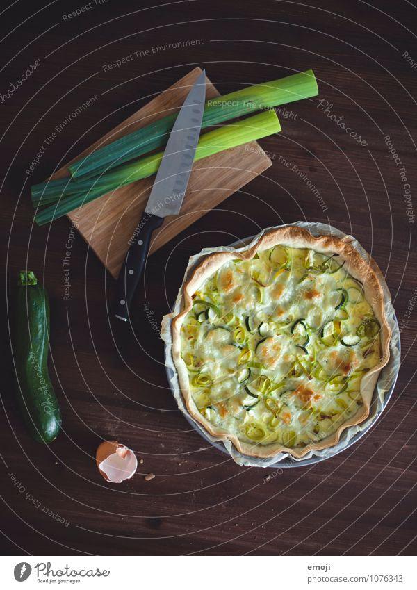 Lauchkuchen grün natürlich Ernährung Gemüse lecker Kuchen Mittagessen Vegetarische Ernährung Porree Lauchgemüse Lauchstange