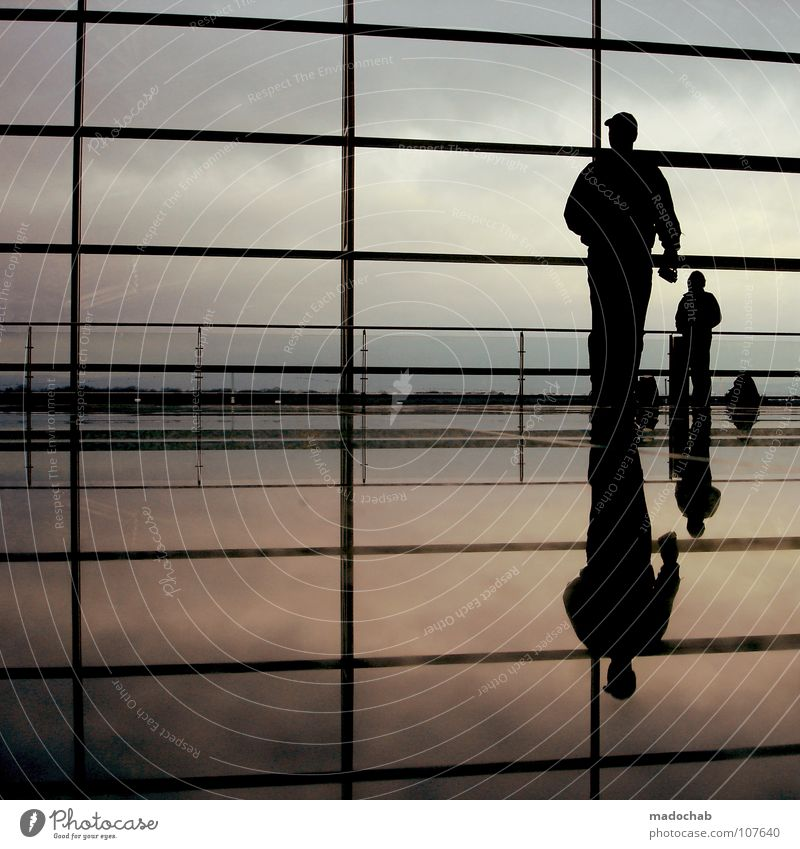 8 URBAN JAZZ GROOVE Silhouette Mensch Reflexion & Spiegelung Lifestyle Wand Himmel Sehnsucht Fernweh reisend Ferien & Urlaub & Reisen stehen flüchten entkommen