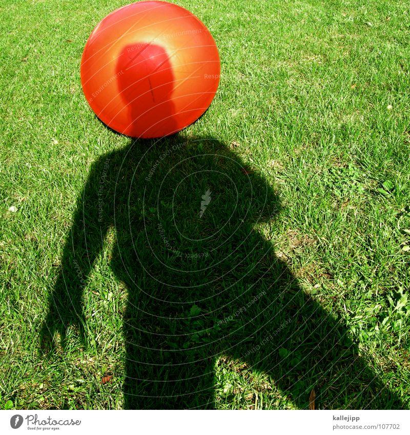 schattenastronaut Mensch Sonne rot Spielen träumen Luft Religion & Glaube Erfolg Erde Ball Zukunft fahren USA Rasen liegen Kugel