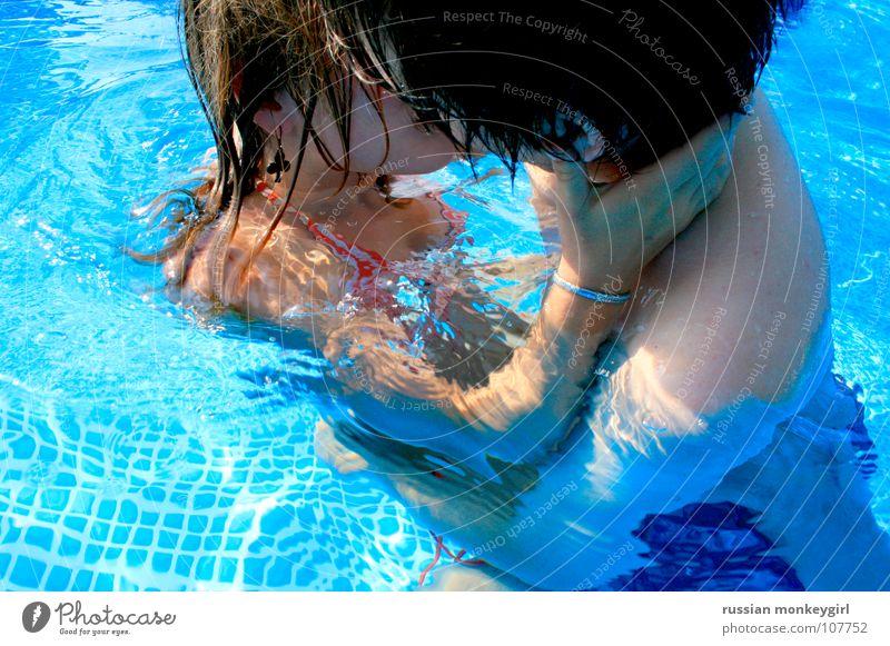 sanftweicher mit honig Mensch blau weiß Sommer Liebe Leben kalt Erotik Spielen Gefühle Wärme Haare & Frisuren Freundschaft Wellen Arme nass