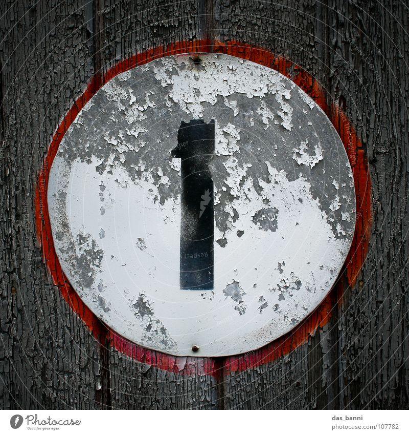 NUMB3R 1 alt weiß rot Farbe schwarz 1 Holz grau Traurigkeit Metall Kunst Beleuchtung Deutschland Schilder & Markierungen Ordnung Design