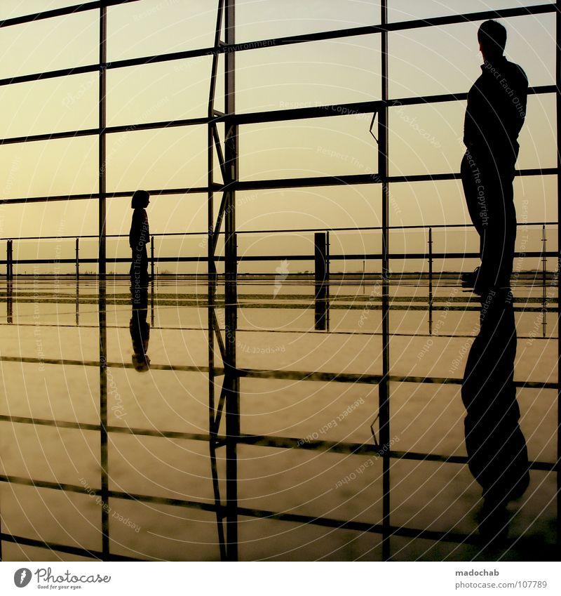 4 ENDE Mensch Kind Himmel Mann Mädchen Ferien & Urlaub & Reisen Erholung Wand Bewegung Glas gehen laufen warten fliegen modern leer