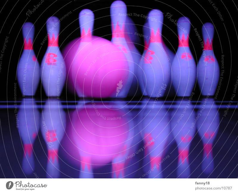 Strike I Bowling Bowlingbahn Kegeln Sport strike pins frame Kugel Ball