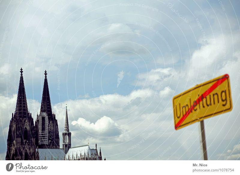 Großbaustelle Köln Städtereise Umwelt Himmel Wolken Stadt Gebäude Sehenswürdigkeit Wahrzeichen chaotisch Kölner Dom Religion & Glaube Wetter Umleitung Baustelle
