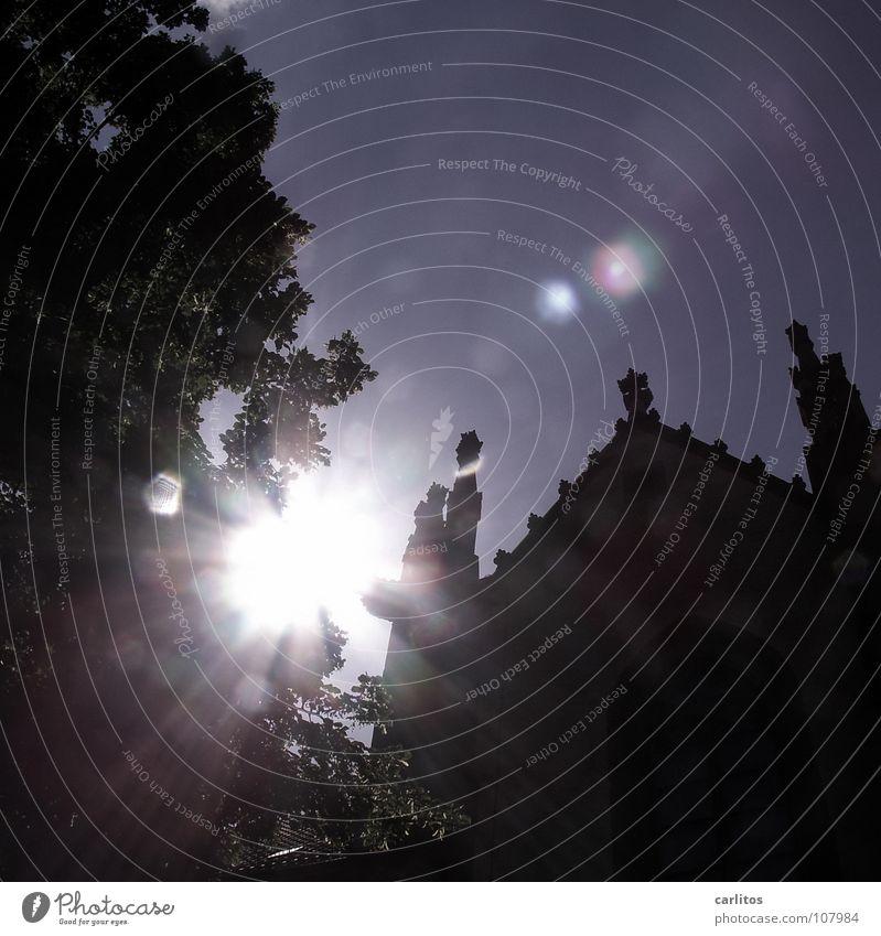 Nein, nicht Harry Potter .... Sonne Sommer Religion & Glaube Angst Kraft Beleuchtung Show Dekoration & Verzierung gruselig Burg oder Schloss Märchen blenden